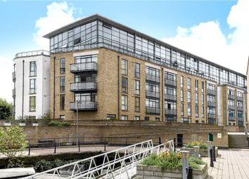 Point Wharf Lane, Brentford TW8. 1 bed flat
