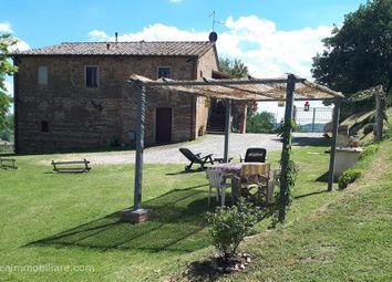 Thumbnail 4 bed farmhouse for sale in Sp 309, Città Della Pieve, Umbria