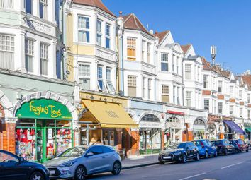 Fortis Green Road, London N10. 2 bed property