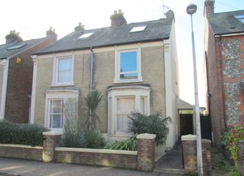 Thumbnail 2 bed flat to rent in Lyndhurst Road, Chichester