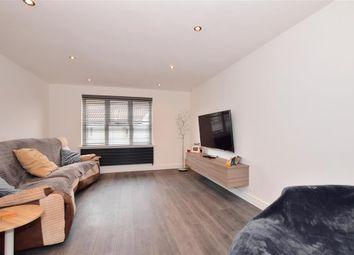 2 bed flat for sale in Kenilworth Place, Noak Bridge, Basildon, Essex SS15