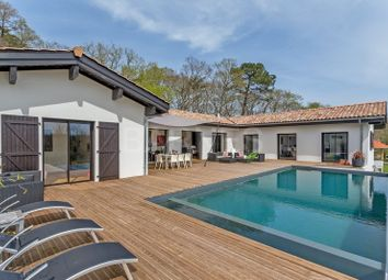 Thumbnail 6 bed villa for sale in Arcangues, Arcangues, France