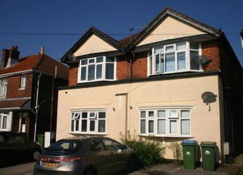 Thumbnail 2 bed flat to rent in Warren Avenue, Shirley, Southampton