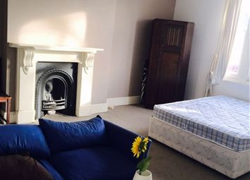 Thumbnail Property to rent in Chiswick High Road, Chiswick, London