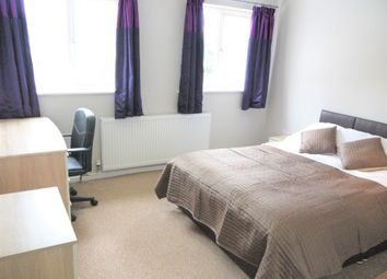 Thumbnail Room to rent in High Dewar Road, Rainham, Gillingham