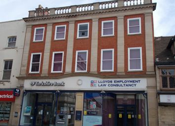 Thumbnail Office to let in Retail Premises & Offices, 10 High Street, Grantham, Lincolnshire