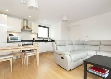 Thumbnail 1 bed flat to rent in Harrow Road, Kensal Green