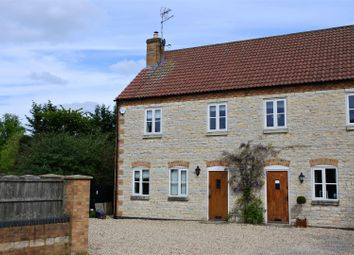 Thumbnail 3 bed cottage for sale in High Street, Caythorpe, Grantham