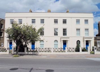 2 bed flat to rent in 2 Bedroom Flat To Let, New Road Avenue, Chatham ME4