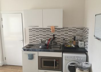 1 bed flat to rent in Kings Road, Brighton BN1