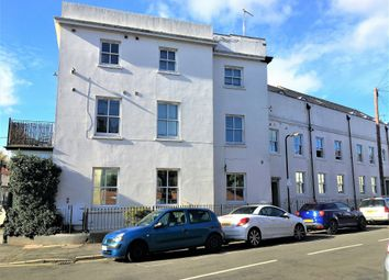 Thumbnail 3 bed flat to rent in George Street, Leamington Spa