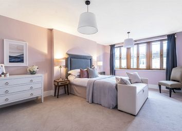 5 bed terraced house for sale in Victoria Avenue, Finchley Central, London N3