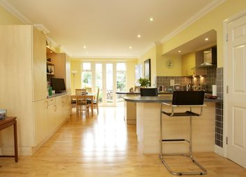 Thumbnail 4 bed terraced house to rent in Balham High Road, London