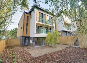 4 bed town house for sale in Warren Road, Purley CR8