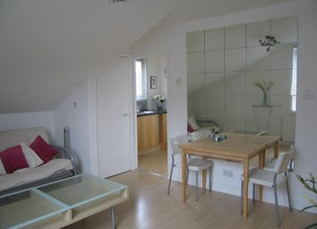 Thumbnail 1 bed flat to rent in Oxford Road, Ealing, London