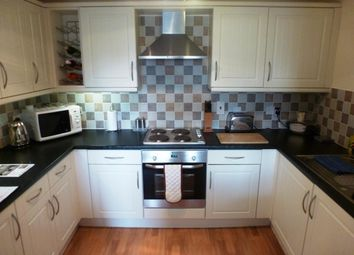 Thumbnail 2 bed flat to rent in Willow Tree Close, Willow Tree Close, Lincoln