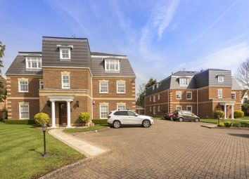 Thumbnail 2 bed flat to rent in Oval Way, Gerrards Cross