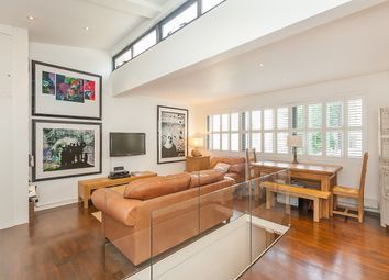 Thumbnail 2 bed mews house for sale in Simon Close, Portobello Road, London