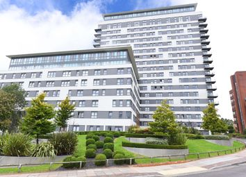 Thumbnail 2 bed flat to rent in Skyline Plaza, Basingstoke, Hampshire