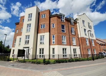 Thumbnail 2 bed flat for sale in Stephenson Court, Cambrian Way, Cissbury Chase, Worthing, West Sussex