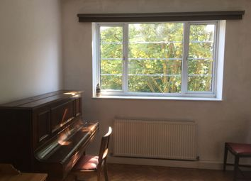 Thumbnail 1 bed flat to rent in Highbury Grove, London