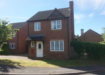 Thumbnail 3 bed detached house to rent in Fieldridge, Newbury