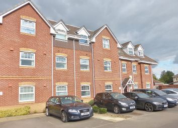 Thumbnail 2 bed flat to rent in Parjoy House, Salisbury Close, Eastleigh