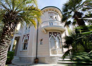 Thumbnail 4 bed villa for sale in Livorno (Town), Livorno, Tuscany, Italy