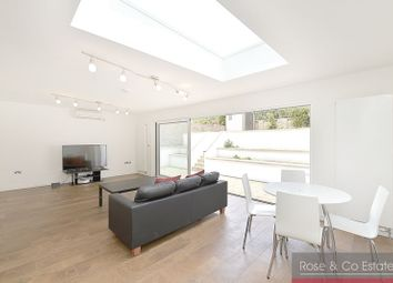 Thumbnail 4 bedroom flat to rent in Compayne Gardens, South Hampstead