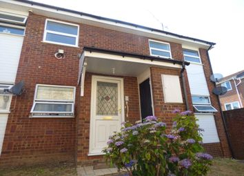 2 bed maisonette to rent in Dunmow Court Alexander Ave, Luton LU3