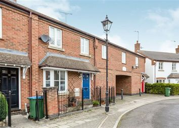 3 bed end terrace house to rent in Woodford Close, Fairford Leys, Aylesbury HP19