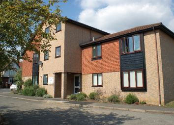 Thumbnail Studio to rent in Lastingham Court, Staines Upon Thames
