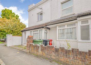 Hencroft Street North, Slough, Berkshire SL1. 2 bed maisonette for sale