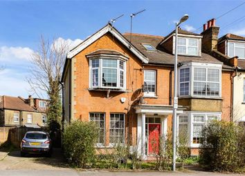 Thumbnail 2 bed flat to rent in Wavertree Road, London
