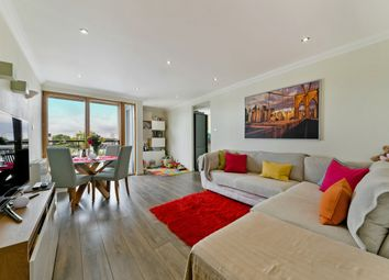 Thumbnail Flat for sale in Perry Court, Maritime Quay, Isle Of Dogs