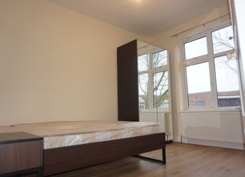 Thumbnail 2 bedroom flat to rent in Chingford Mount Road, Chingford Mount