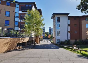 Thumbnail 2 bed flat to rent in Three Bridges, Crawley