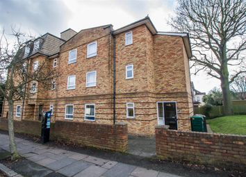 Thumbnail 1 bed flat to rent in 1A Daytone House, Flat 10, Cresent Road, Wimbledon