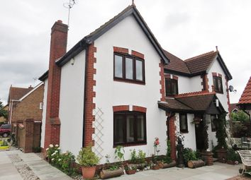 Thumbnail 4 bed detached house to rent in Bromley, Grays