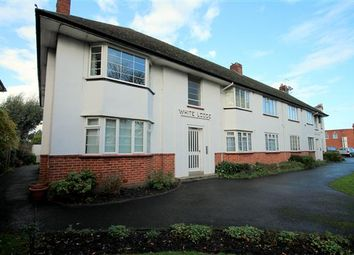 2 bed flat to let in Parkstone Road
