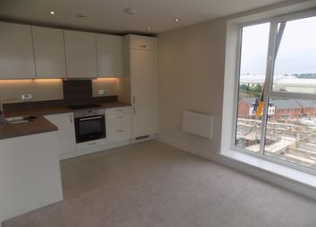 Thumbnail 1 bed flat to rent in Osprey House, Reading