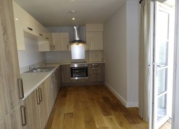 Thumbnail 2 bed flat to rent in Worthing