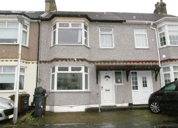 3 bed terraced house to rent in Willow Road, Chadwell Heath, Romford RM6