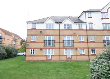 Thumbnail 2 bed flat to rent in Lewes Close, Grays