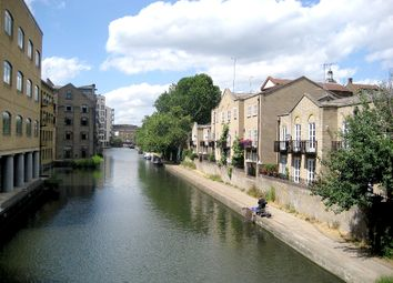 Thumbnail 1 bed flat to rent in Thornhill Bridge Wharf, Caledonian Road, King's Cross