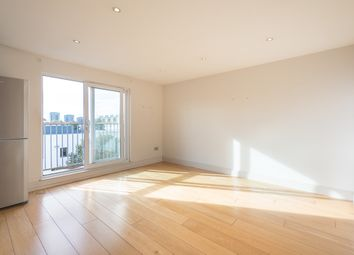Thumbnail 1 bed flat to rent in Lupus Street, London