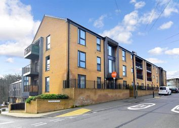 Thumbnail 2 bed flat for sale in Greggs Wood Road, Tunbridge Wells, Kent