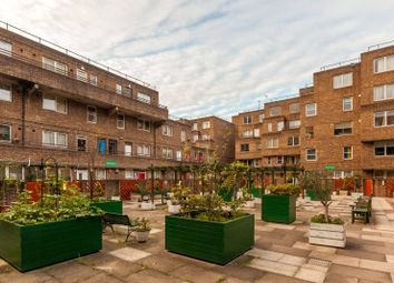 Thumbnail 2 bed flat for sale in Lambs Passage, Barbican, London