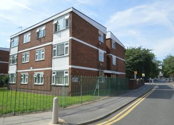 Thumbnail 1 bed flat for sale in Weymouth Terrace, London