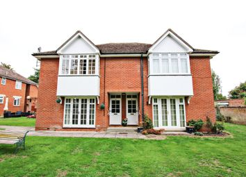 Thumbnail 1 bed flat for sale in Hillside, Newmarket